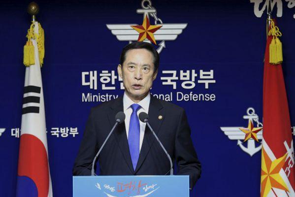 韩国防部长:朝鲜核攻击将遭致毁灭性反击