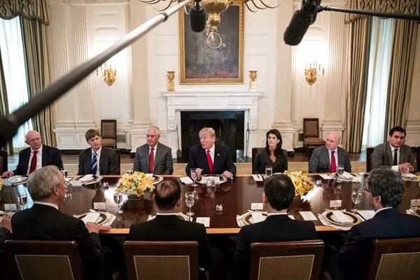 安理会使团访华盛顿 黑利促对伊朗违规采取行动