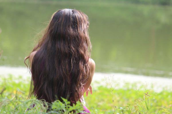 缺什麼營養,看頭髮 (圖片來源 pixabay)