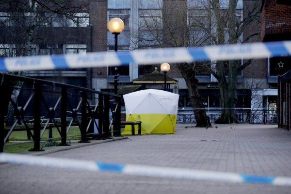 国际化武专家飞英国采样 协查俄罗斯间谍遭毒攻击案