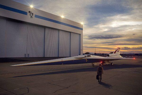 NASA签订超过两亿美金合同 研发超音速飞机