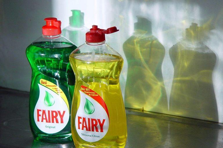 洗洁精(图片来源:Wikimedia Commons)