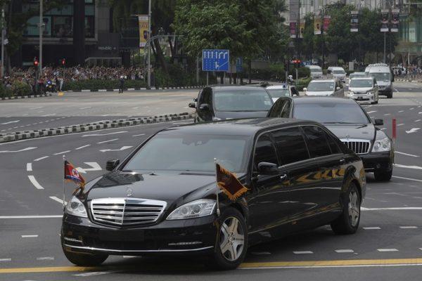 川普飞抵新加坡 金三胖豪华防弹车曝光 韩国一词回应文在寅是否参会