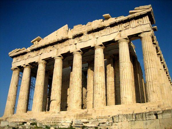 位於雅典衛城的帕特農神廟,是給女神雅典娜而建。它是古希臘文明最具代表性的標誌性符號之一 (圖片:維基共享資源/User:Mountain )