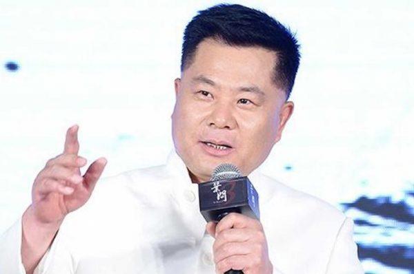 """崔永元""""撕""""出娱乐圈黑幕 一富豪惊现中纪委追逃名单"""