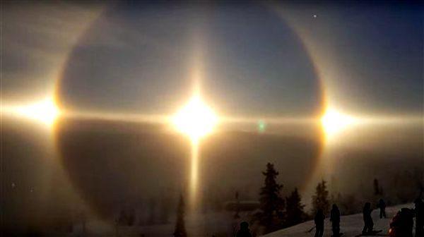 10个太阳光芒耀眼,就有如天使下凡一样,让他感动不已 (图片:MrFinlandsuomi/youtube截图)