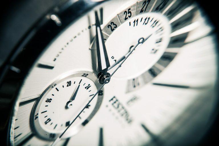 时钟体现的是规律(pixabay)