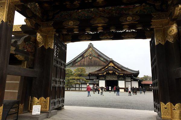 到京都看宝,不仅令人叹为观止,更感魂归大唐,由此浮想联翩!