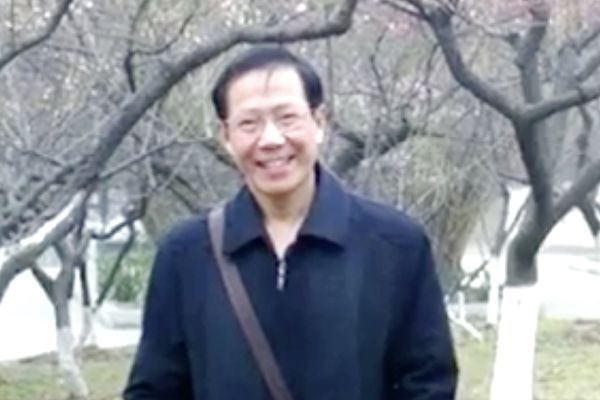 """武汉异议人士秦永敏被""""颠覆国家政权罪""""重判13年"""