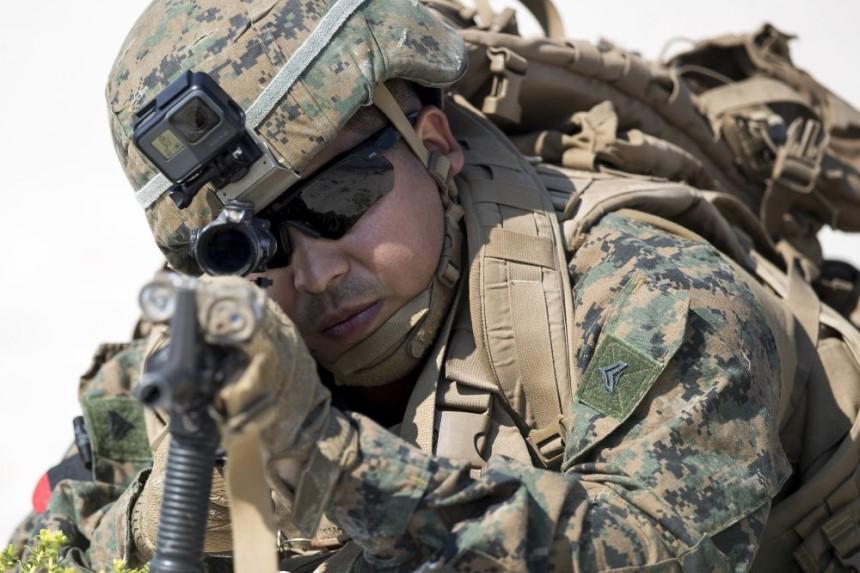 """美军部署25年来规模最大的军队参加 """"欧洲防御- 20"""" 军演"""