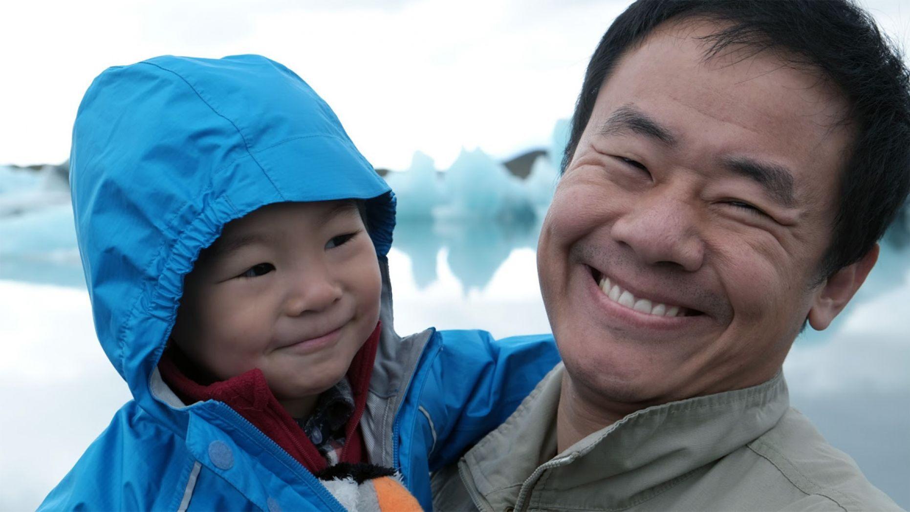 美籍华人从伊朗监狱被救回 家人感恩美国政府