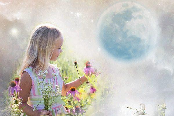 孩子能看到大人看不到的 世界?這些孩子們敘述的「神秘事件」讓人心裡毛毛的~