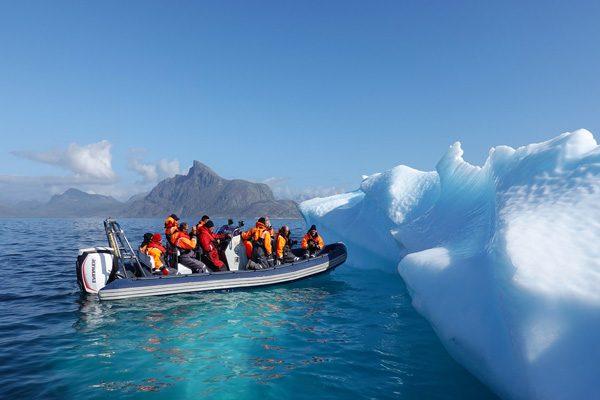 """北冰洋秘密的探索:谁在北冰洋""""吹泡泡"""""""