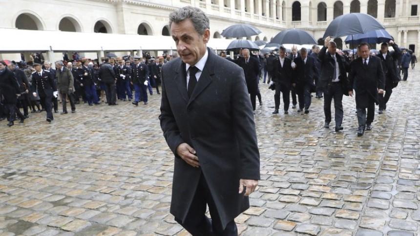 10月将出庭 萨科齐成法国首位因腐败指控受审前总统