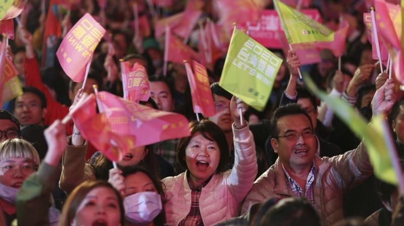 前国军高官:港人用选票打中共右脸 台湾人猛打左脸