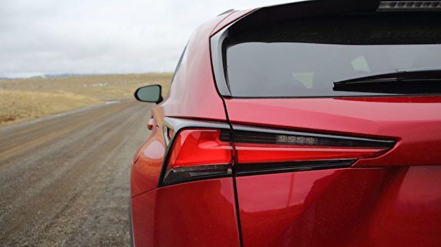 豪華又省油 2020 Lexus NX300h (Ao Li / The Epoch Times)
