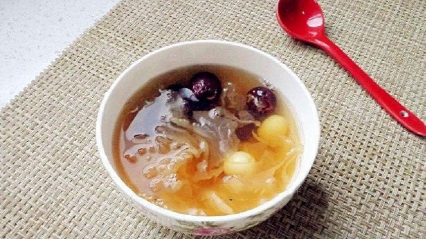 红枣莲子银耳汤(网络图片)