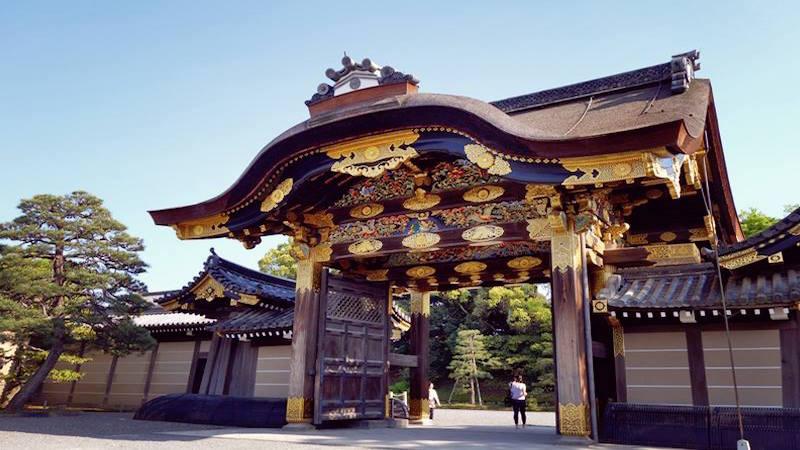 日本京都二条城的唐门。(图片:facebook@Discover Kyoto)