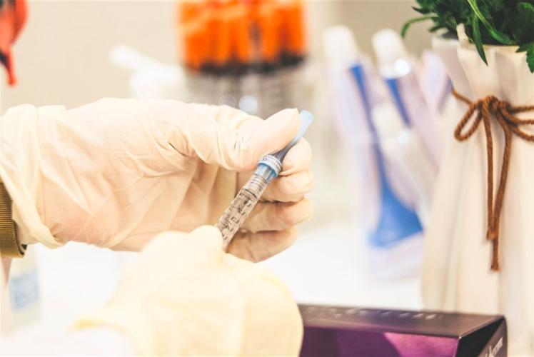 中共病毒疫苗研發