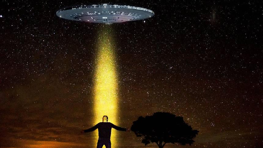 外星人绑架人类