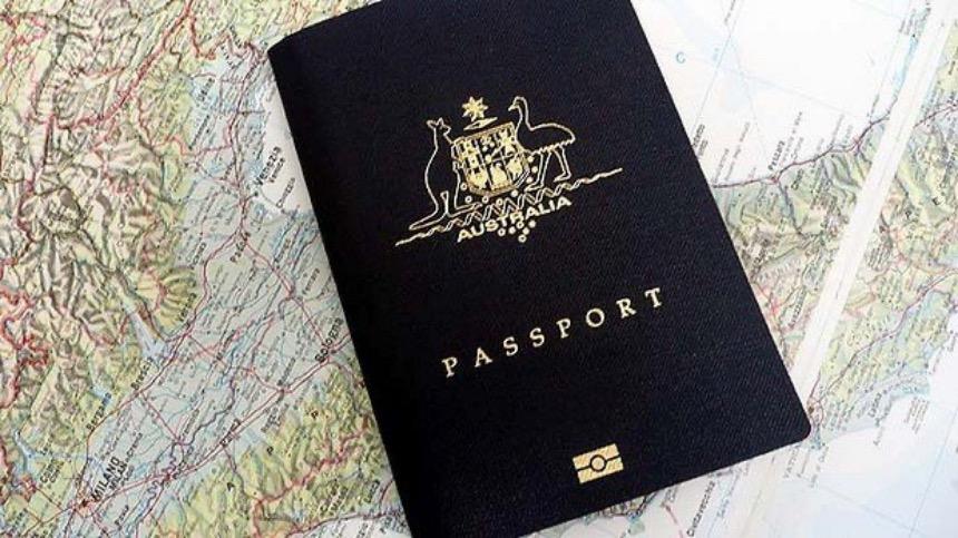"""墨尔本一名中国商人在申请澳洲永居签证时被拒,他认为自己被情报机构评估具有""""安全风险""""的原因是他担任了一个接受中共指令的华人协会会长。"""