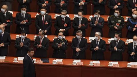 图为习近平出席3月4日开幕的中共全国政协会议。(图片来源:美联社)