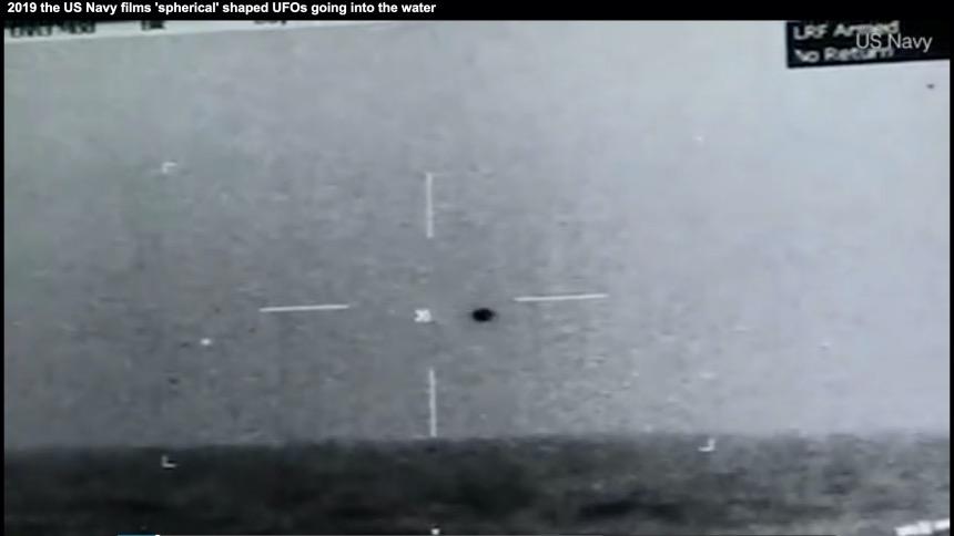 美奥马哈巡洋舰(the USS Omaha)红外线相机拍摄的球状飞碟