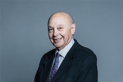 英国上议院议员、特恩伯格男爵莱斯伯格‧阿诺德‧特恩伯格(Leslie Arnold Turnberg)。