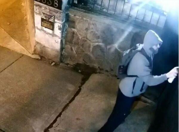 加国人反共情绪高涨 温哥华中领馆门牌连遭破坏