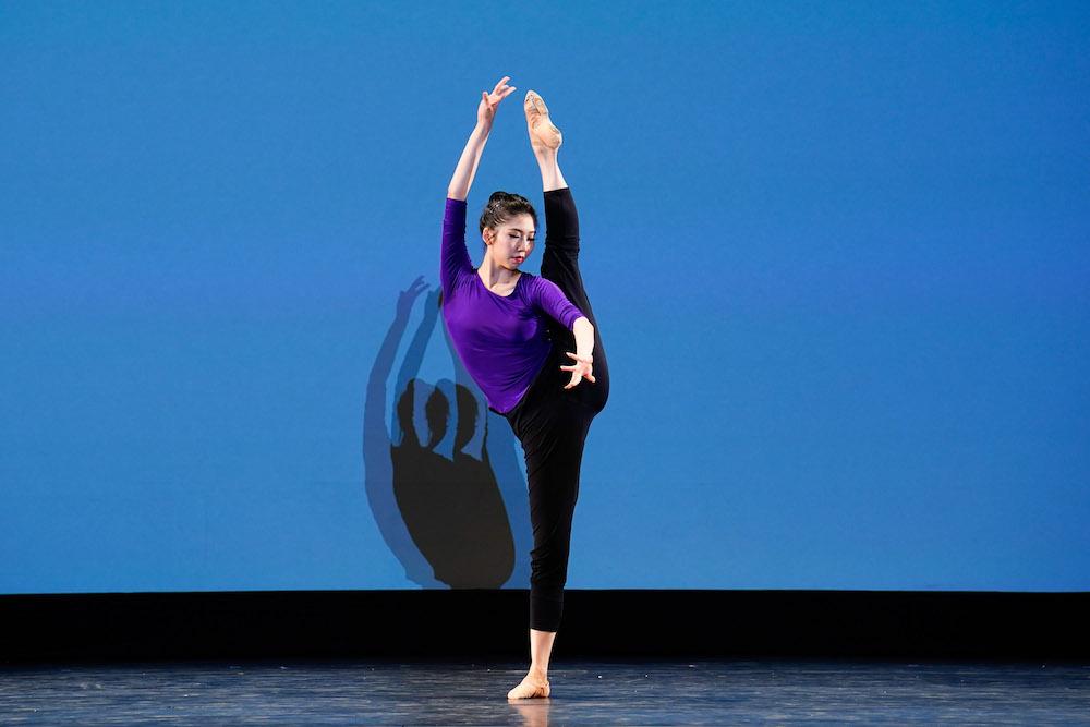 """2021年9月2日至5日,第九屆新唐人電視台""""全世界中國古典舞大賽""""在美國紐約舉行。圖為青年女子組金獎獲得者楊美蓮在參加技巧比賽。(戴兵/大紀元)"""