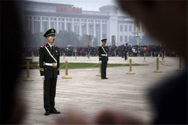 曹长青:中美两国新闻媒体的巨大差异