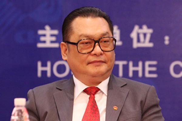 """有一""""巨虎""""隐居深圳 原副市长陈应春坠亡带走啥秘密?"""