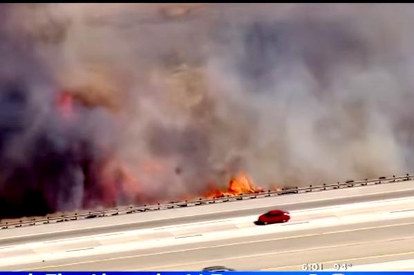 加州野火继续肆虐 毁18户住宅