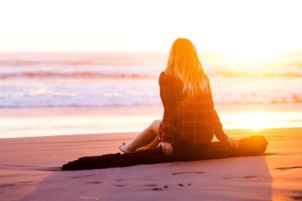 Картинки по запросу девушка и солнце